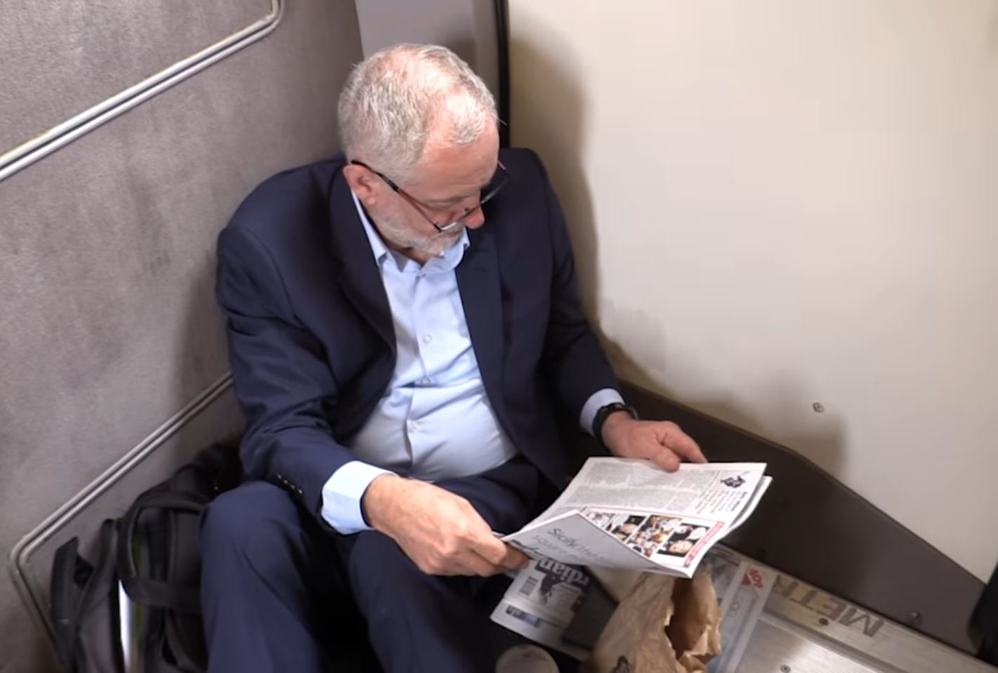Supporters say video shows Jeremy Corbyn was right about #traingate after all