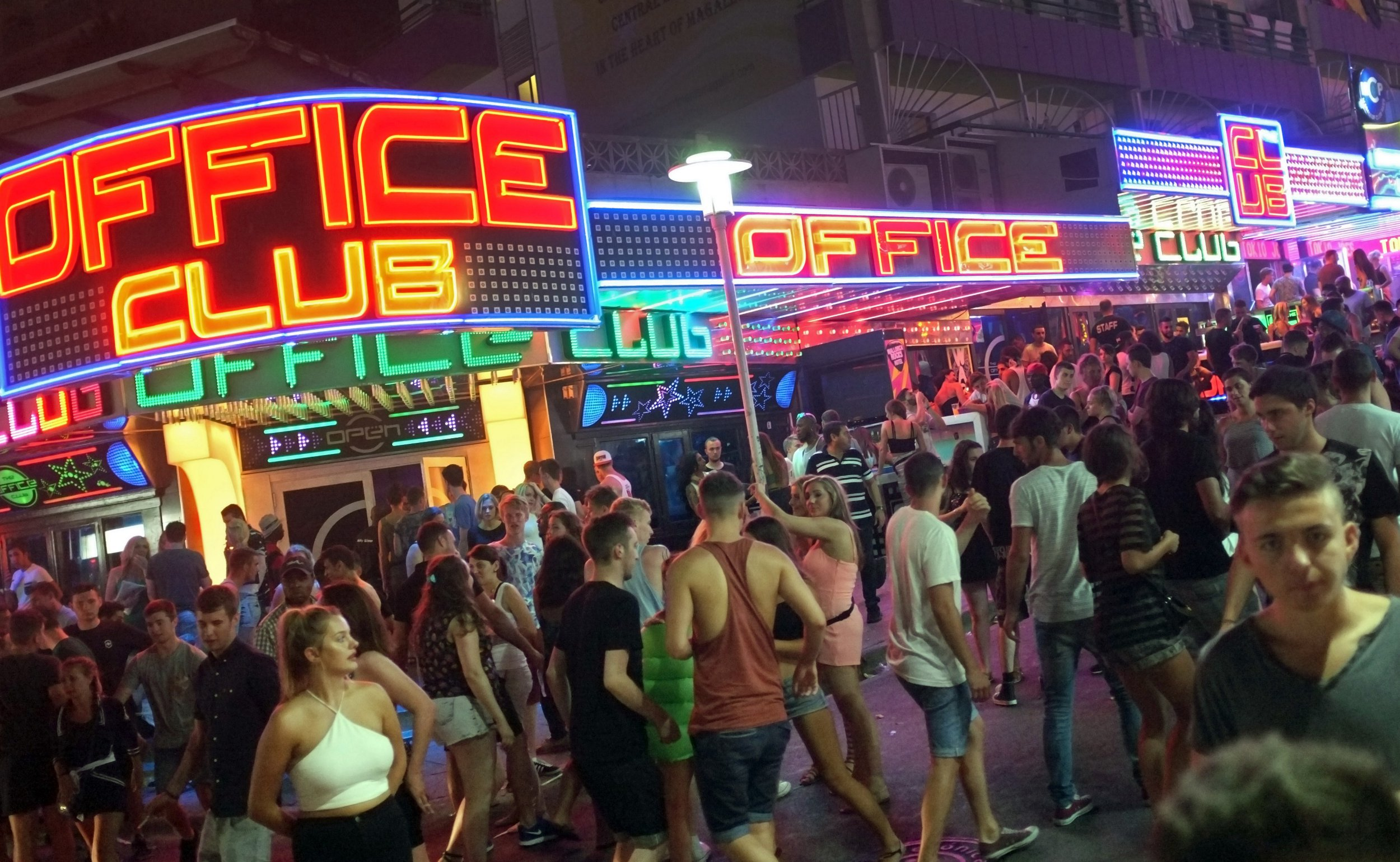 Over 100 people fined for having sex and being naked in Magaluf streets