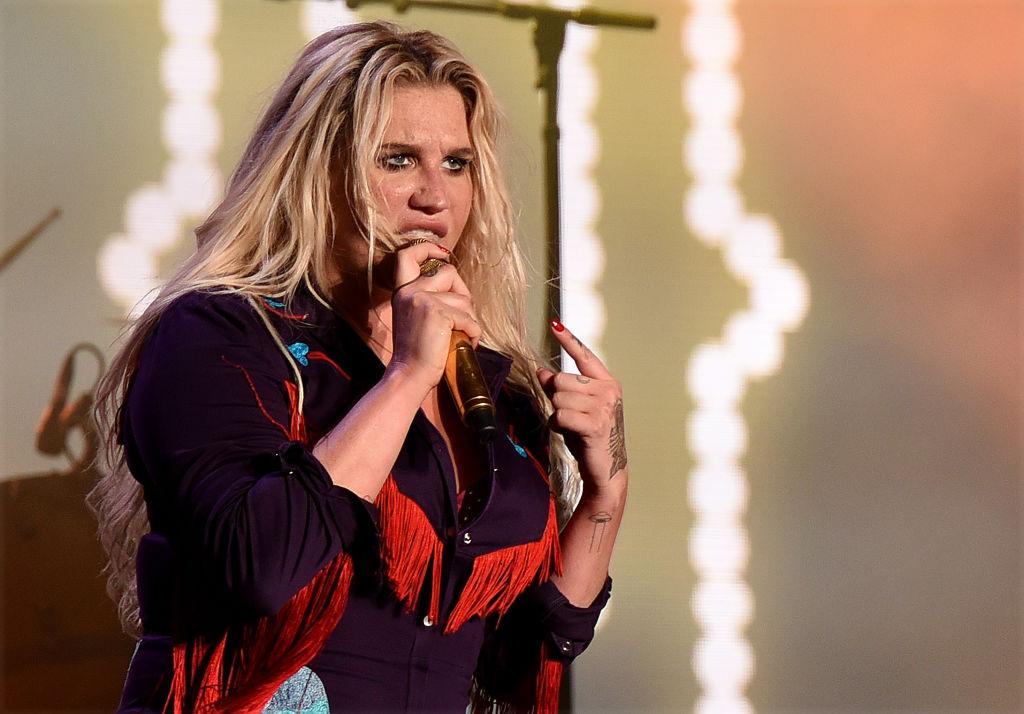 Kesha 'takes aim at Dr Luke during You Don't Own Me performance'