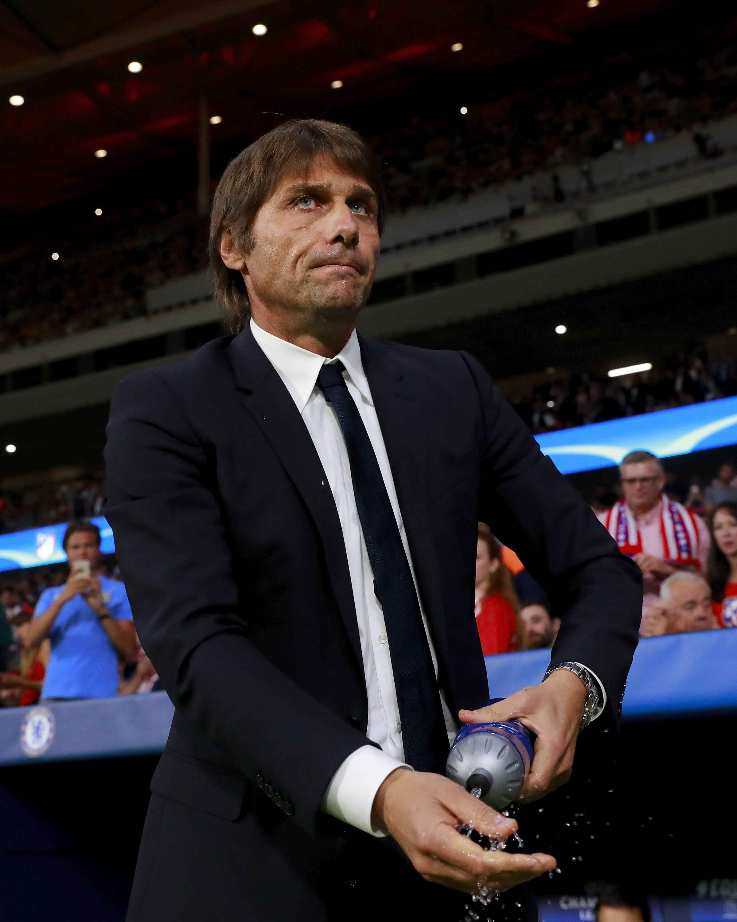 Chelsea manager Antonio Conte to be targeted by AC Milan