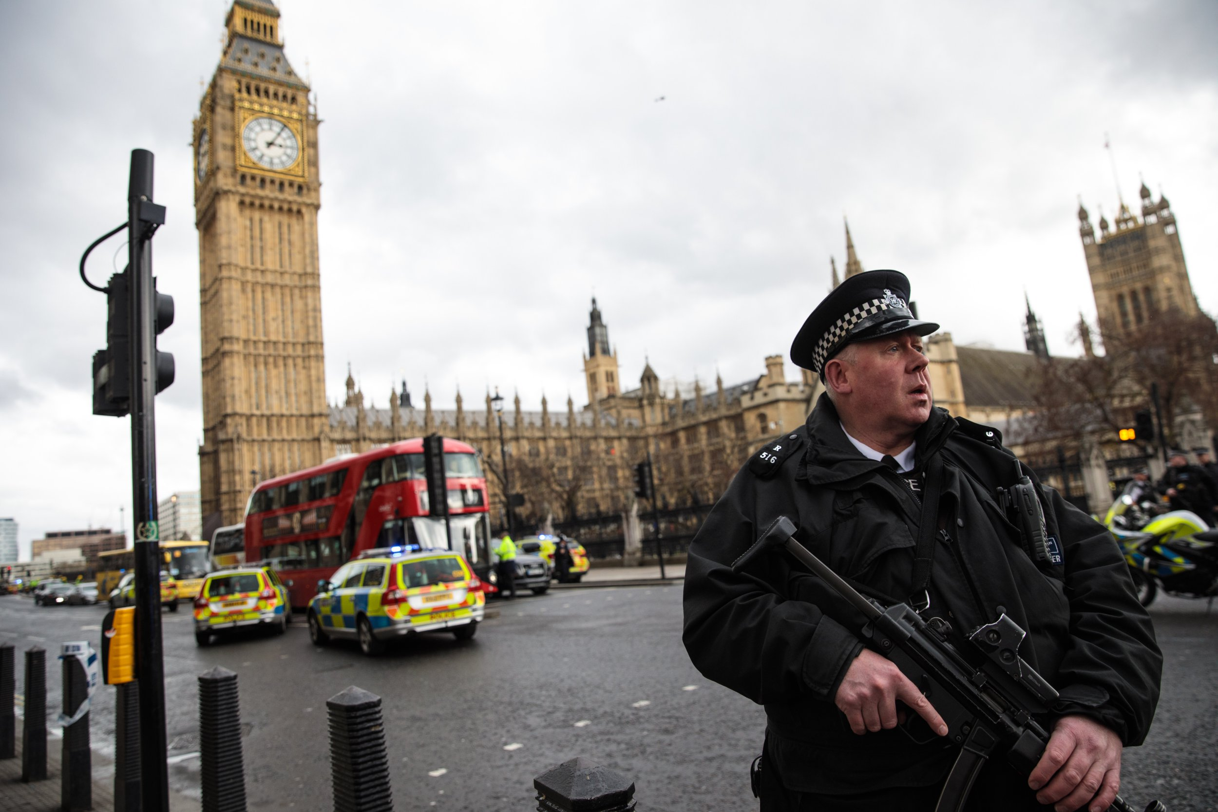 Britain is 'home to 35,000 fanatical Islamists' and 3,000 are 'worrying' MI5