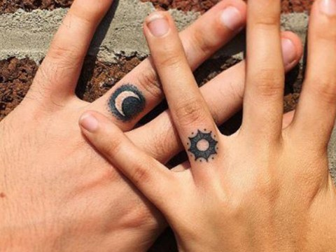 19 intricate inkings that'll tempt you into getting a finger tattoo