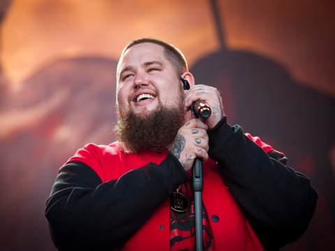 Rag N' Bone Man dedicates Ego to Donald Trump at Bestival and highlights 'need for inflatable penises'