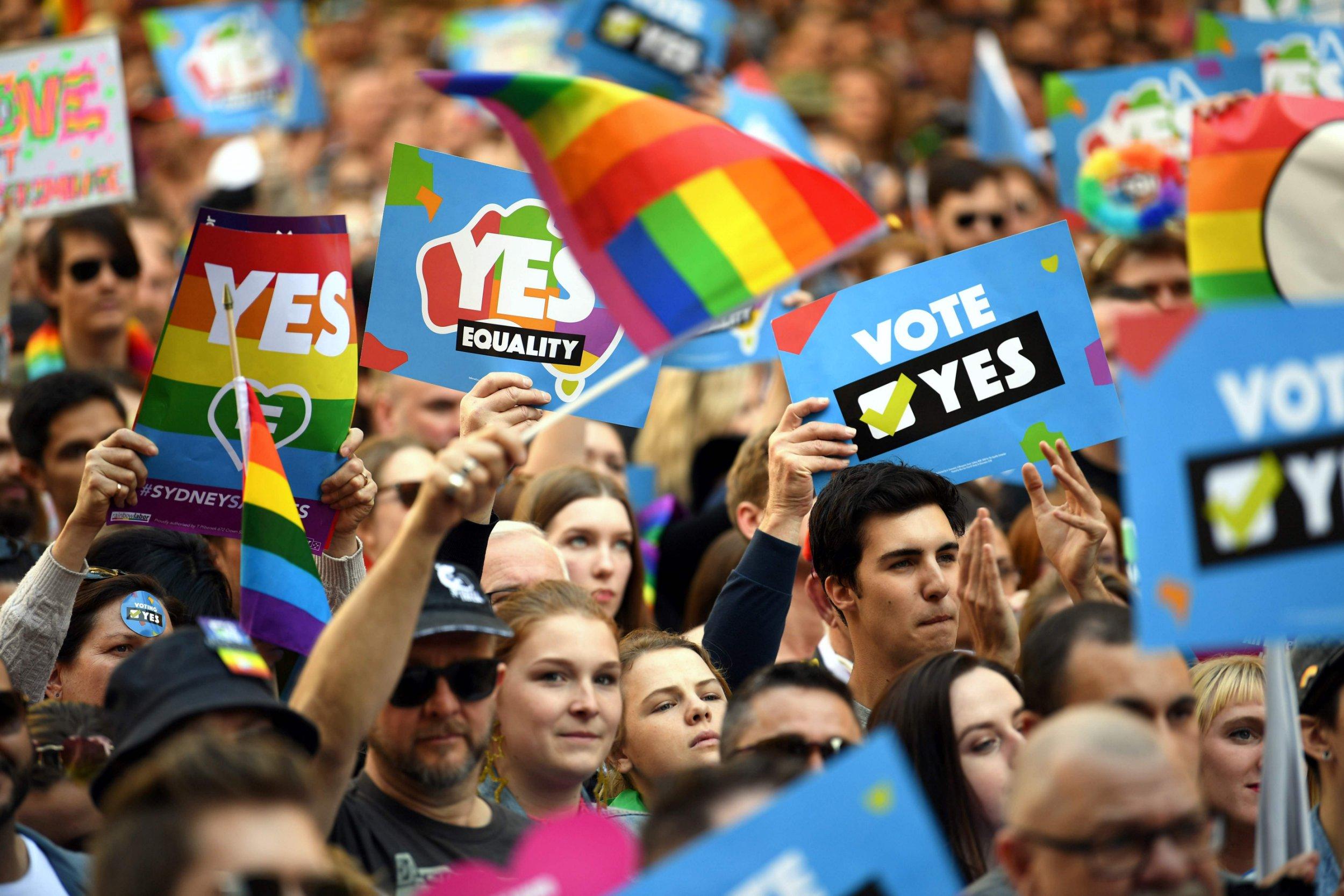 Australia starts voting on same-sex marriages
