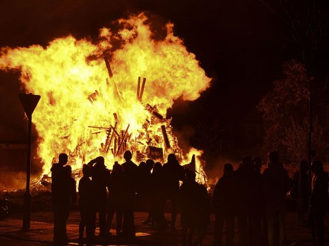 Why do we burn a guy on Bonfire Night?