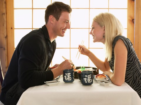 10 ways to totally nail a first date