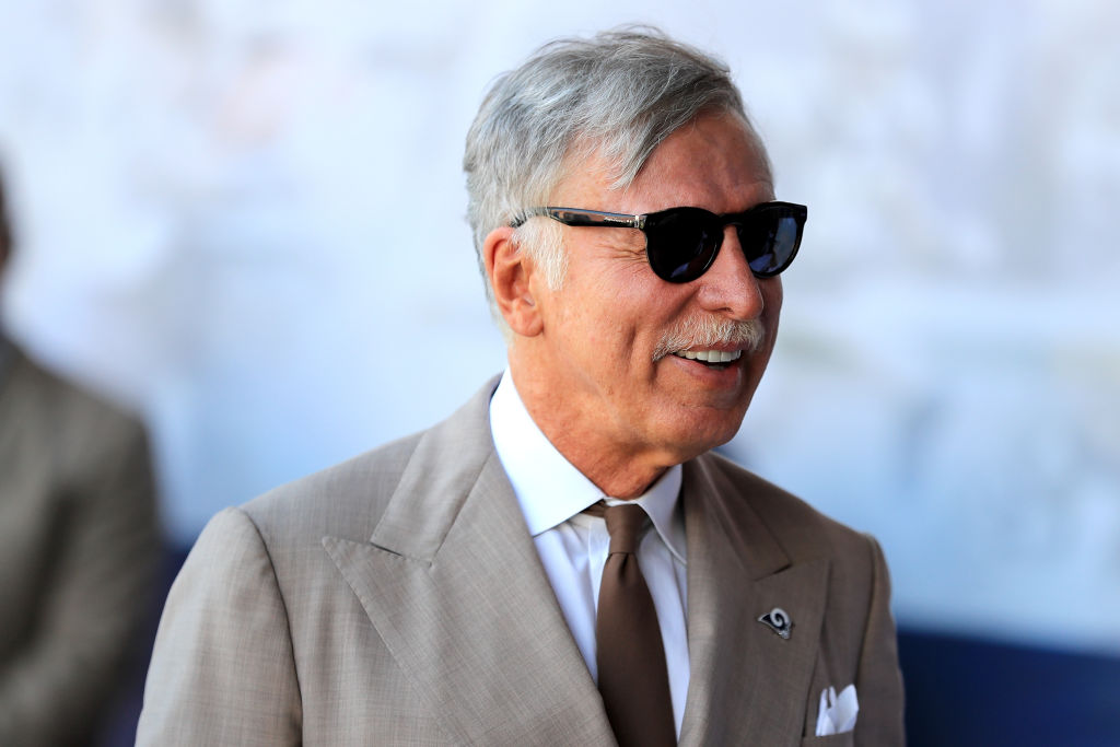 Stan Kroenke offers to buy out Alisher Usmanov for £525m amid Arsenal power struggle
