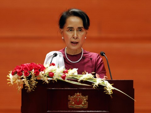 Aung San Suu Kyi to be stripped of Freedom of Oxford over response to Rohingya crisis