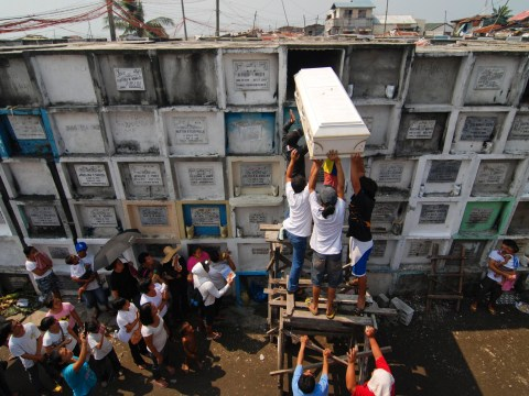 Blindfolded bodies and hanging coffins – the unusual funerals of the Philippines