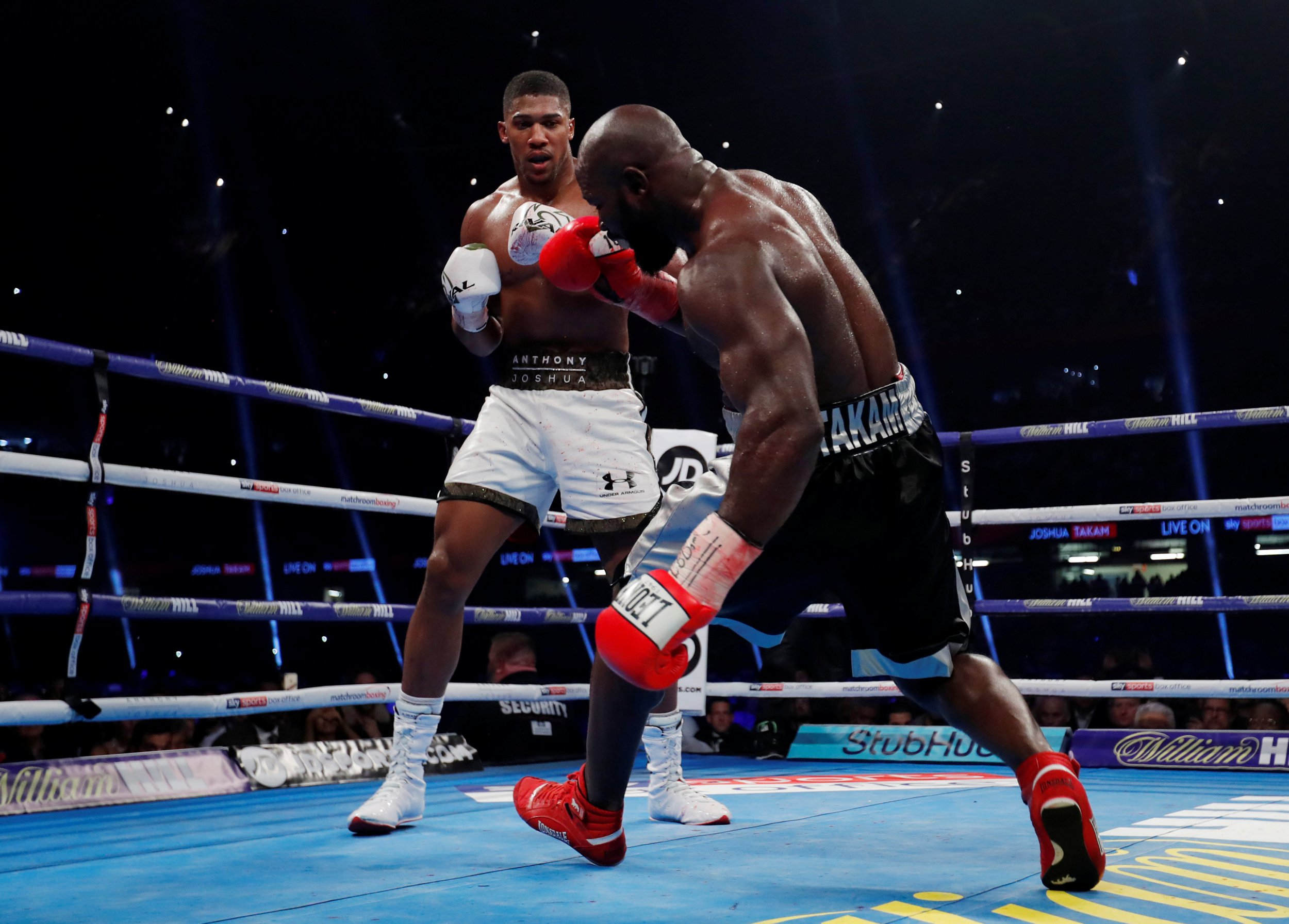 Anthony Joshua victory over Carlos Takam averages 334,000 US viewers on Showtime