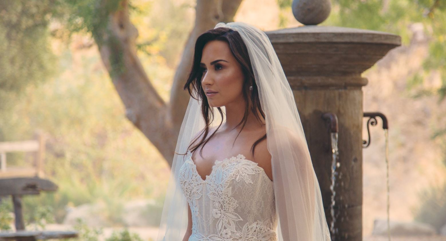 Demi Lovato gets engaged and married then dumped at the altar by Jesse Williams tragic Tell Me You Love Me video