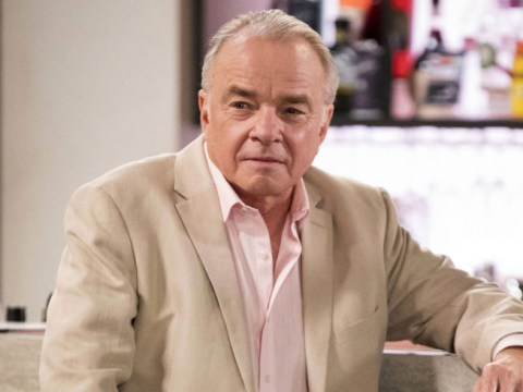 Who killed Hamish Roche in Neighbours?
