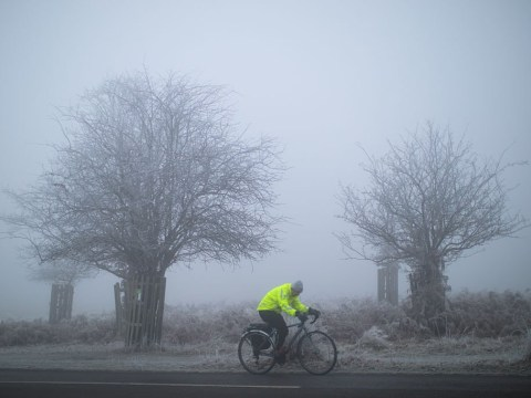 What is freezing fog? Met Office issues weather warnings for travellers