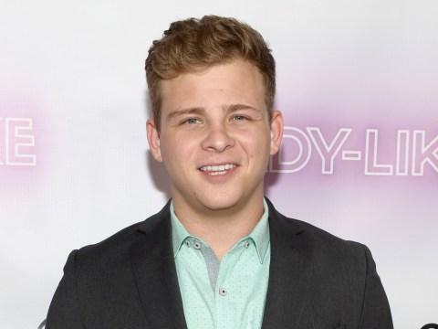 Celebs Go Dating's Jonathan Lipnicki learns the meaning of 'minging' and it's adorable