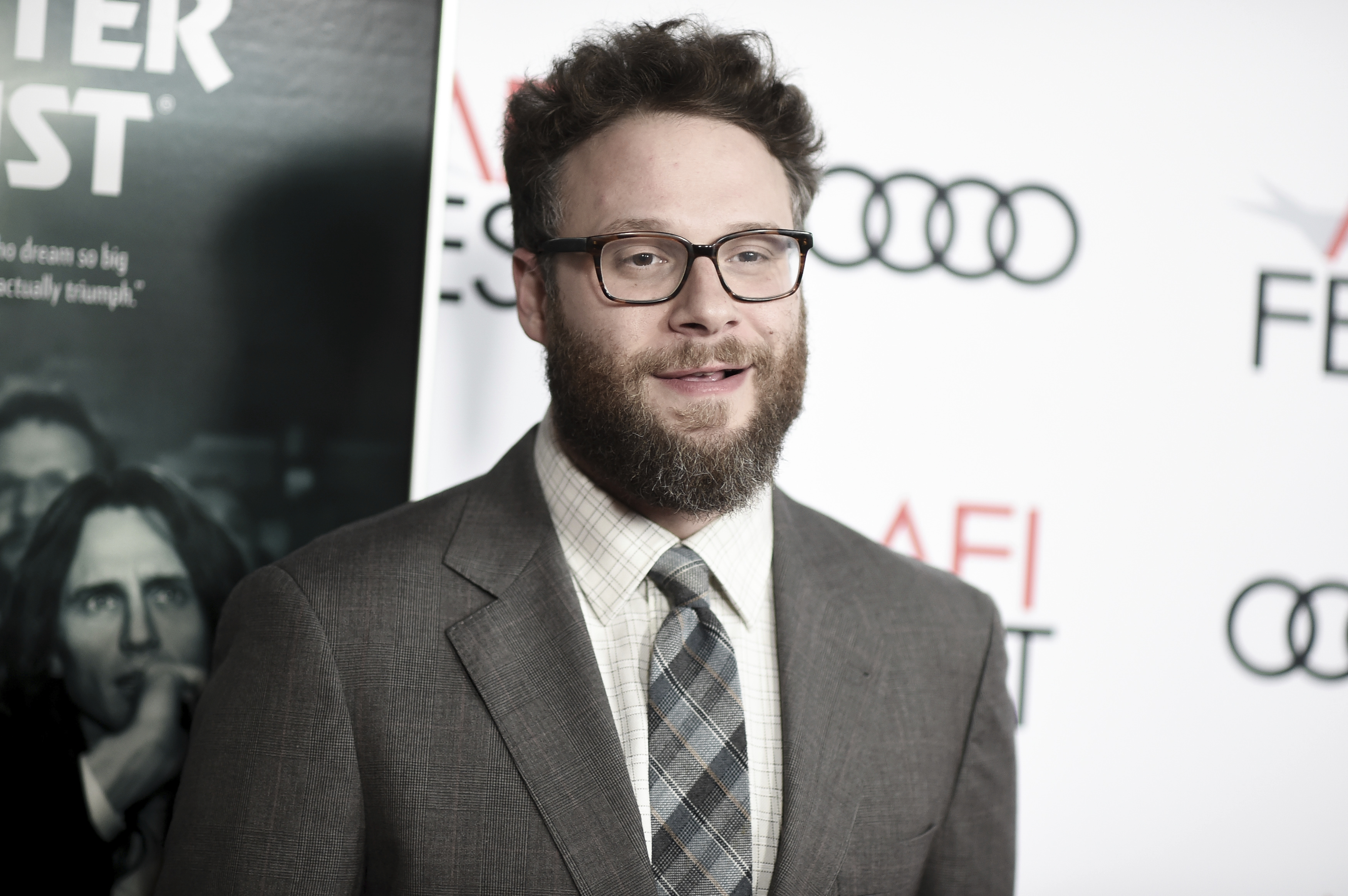 Seth Rogen cancels Sirius XM interviews in protest of Breitbart's Steve Bannon getting his own show