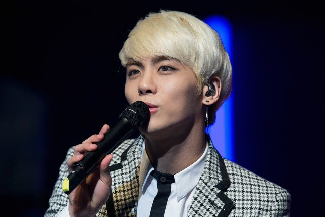 Jonghyun singing