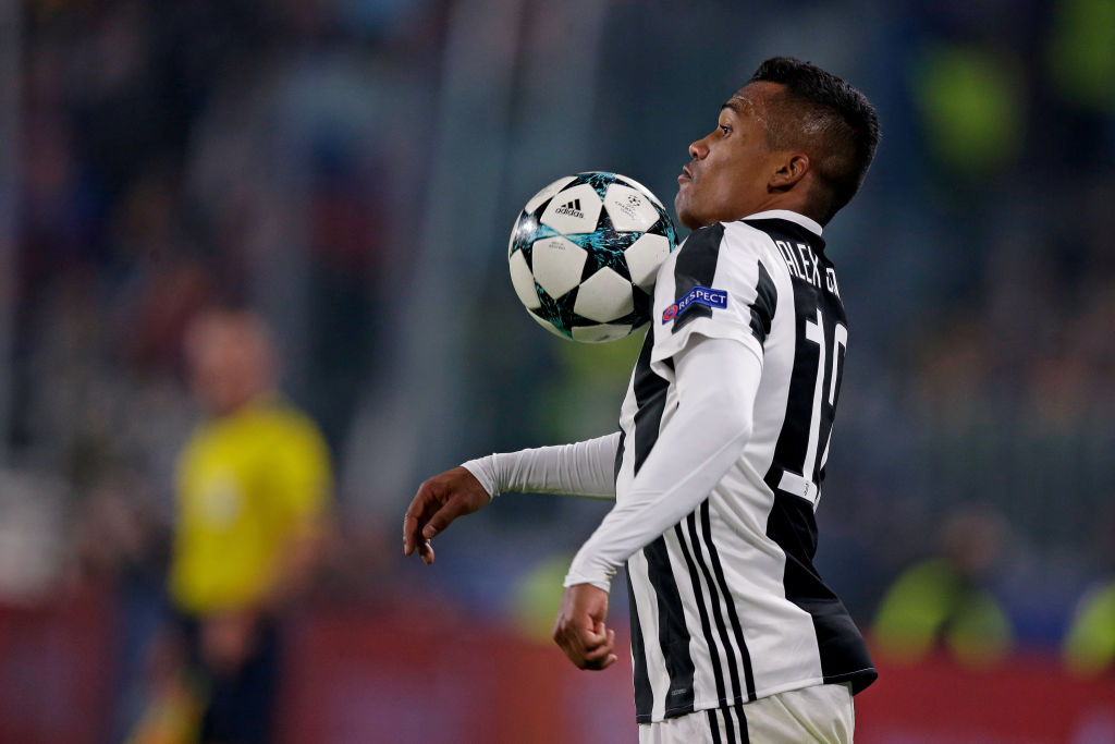 Manchester United to challenge Chelsea and Man City for left-back Alex Sandro