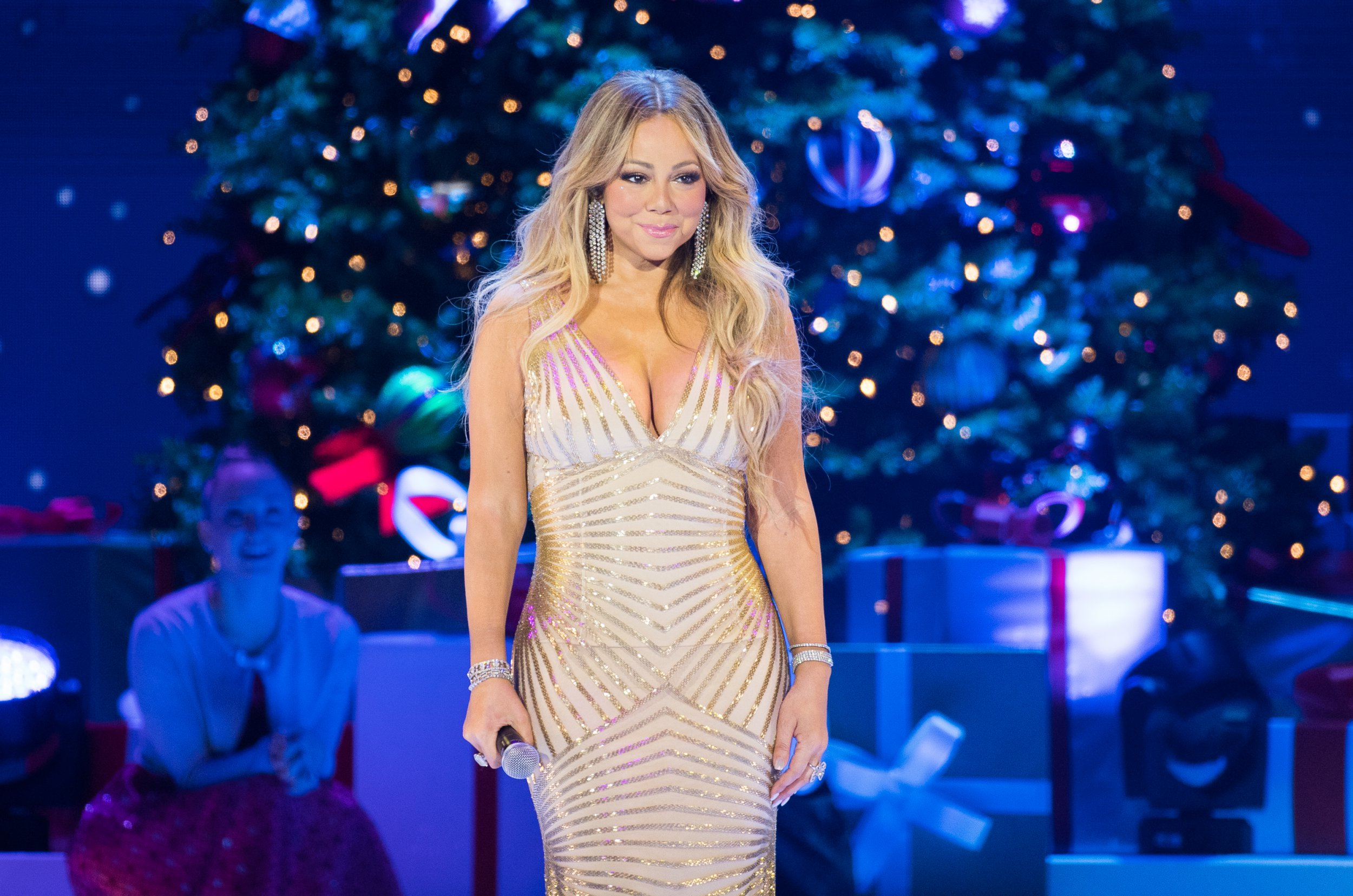 London drag queen 'denied entry to Mariah Carey Christmas show for being in drag'