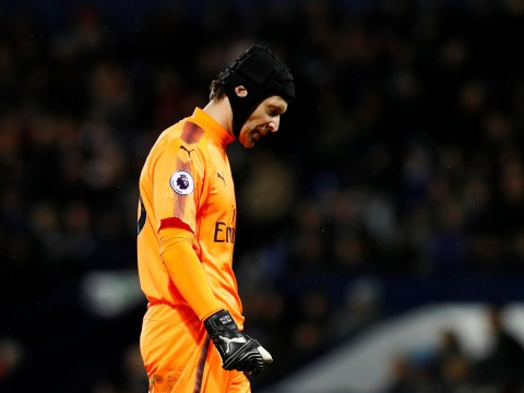 Petr Cech slams Mike Dean after controversial penalty call