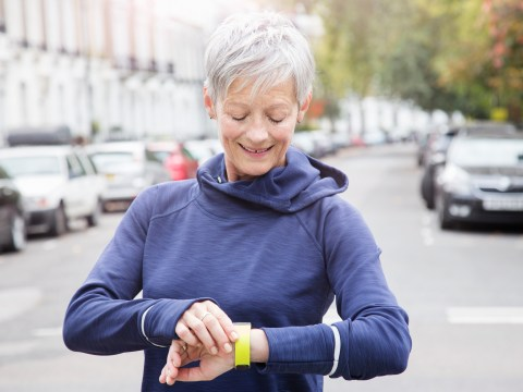 How far is 10,000 steps and will that help you lose weight?