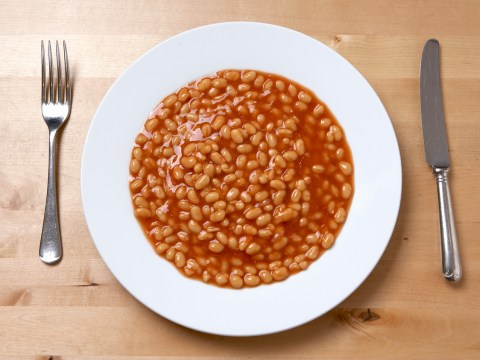 10 strange things all British people do with baked beans
