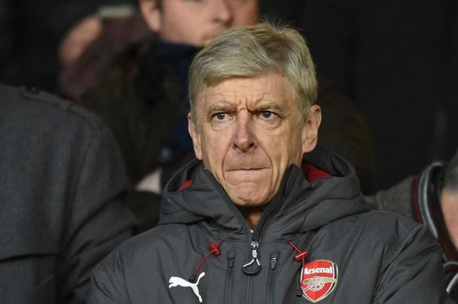 Arsene Wenger girmaces