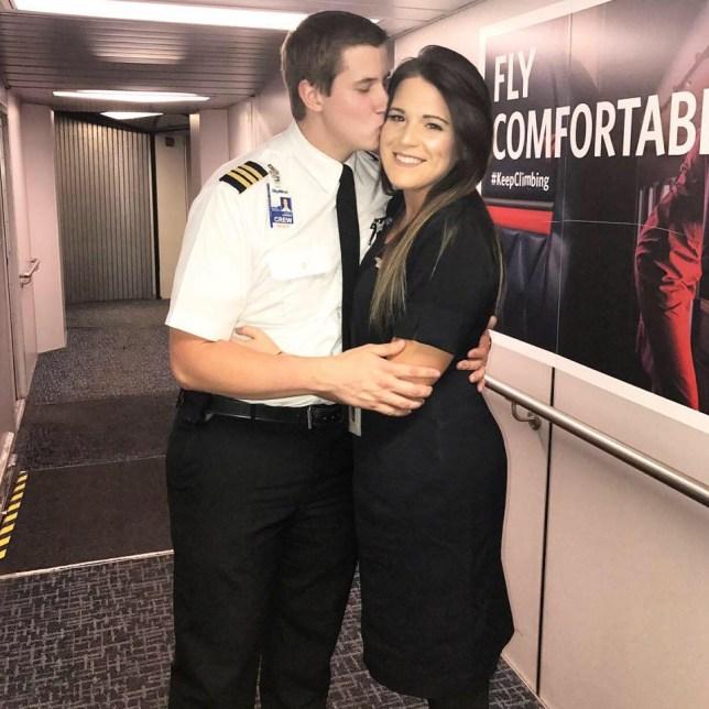 Pilot dating sivusto