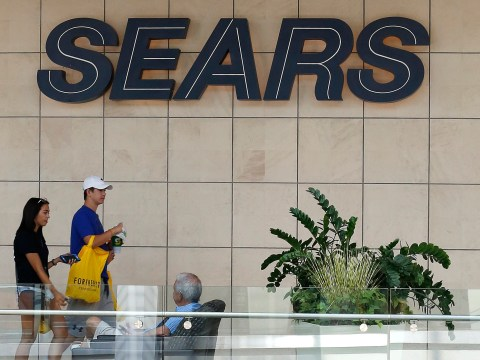 Struggling Sears gets new loan after terrible holiday sales