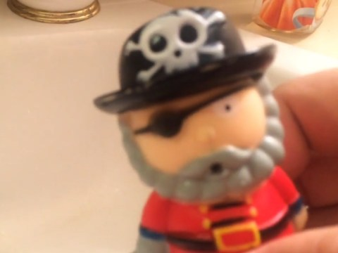 Video of child's squeezy pirate squirting out mould is a reminder for parents to throw out old toys