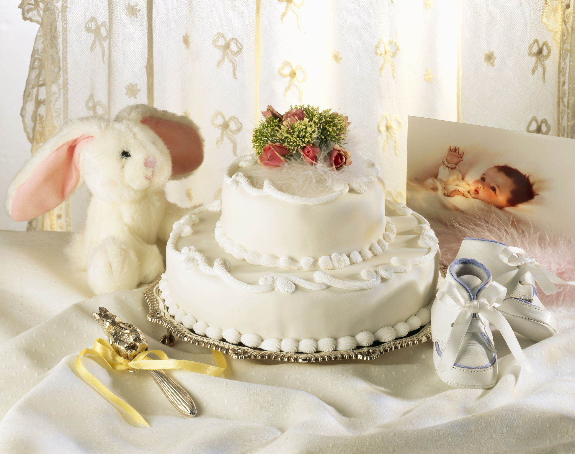 What to write in a Christening card – The best quotes and poems to use