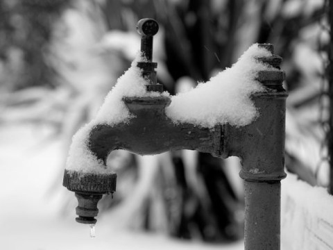 What to do if your pipes freeze thanks to snow and ice