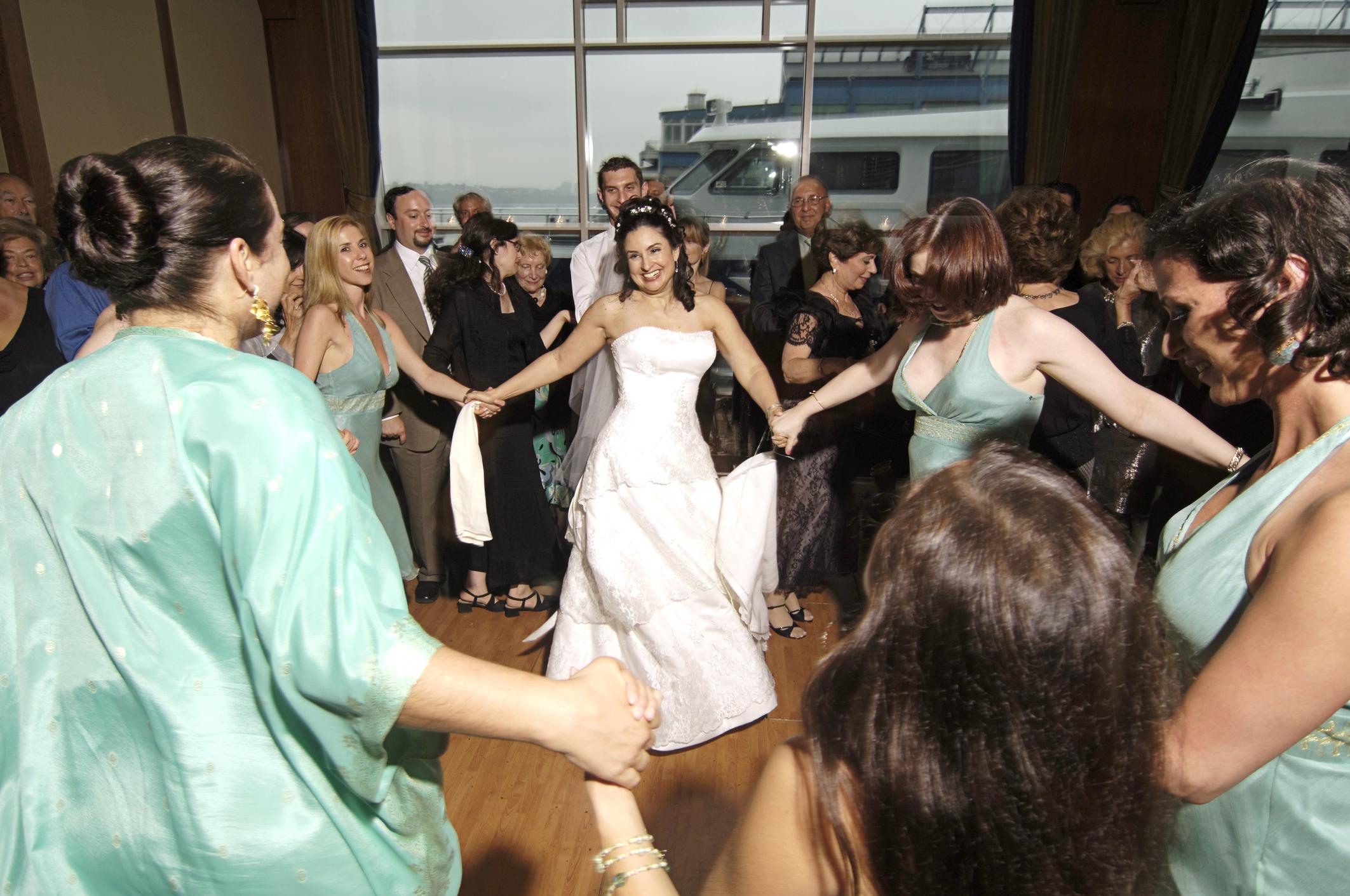 Ceilidh dancing at a wedding