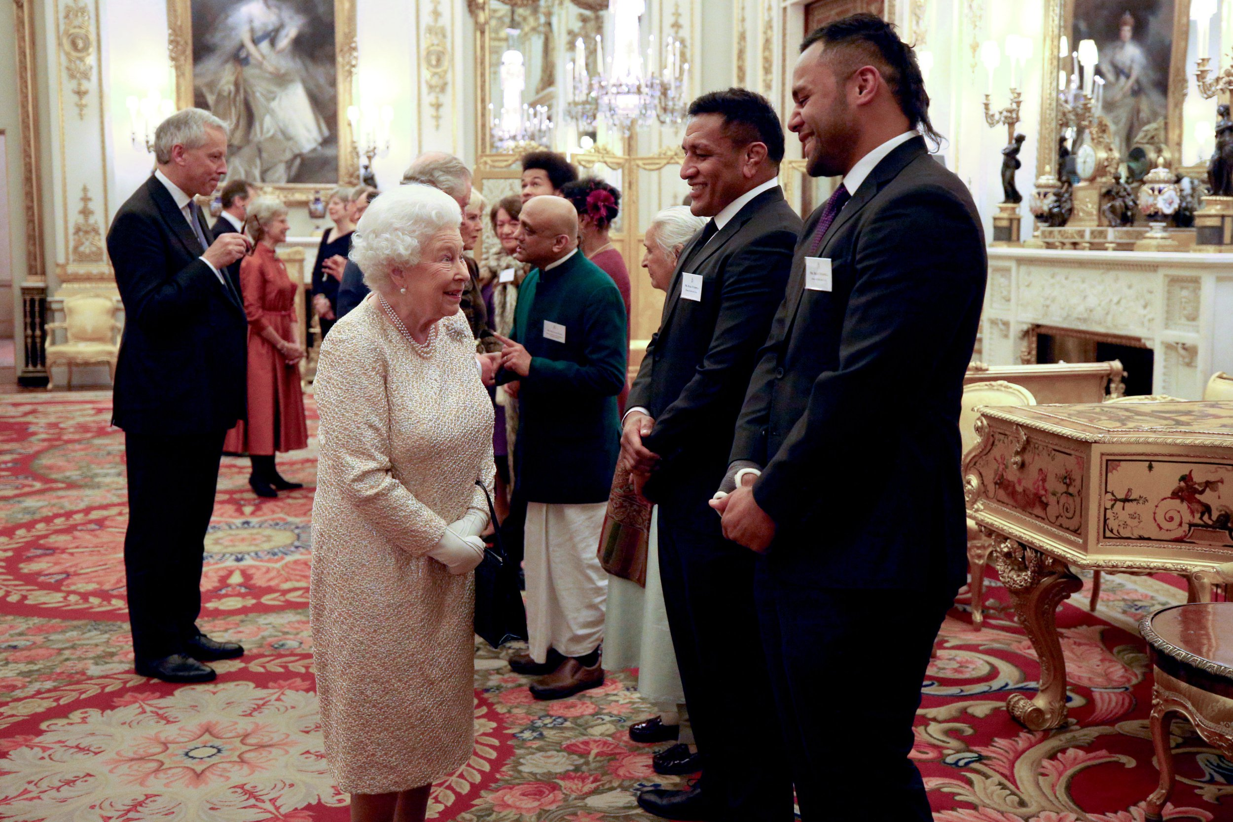 Queen fat shames two England rugby stars
