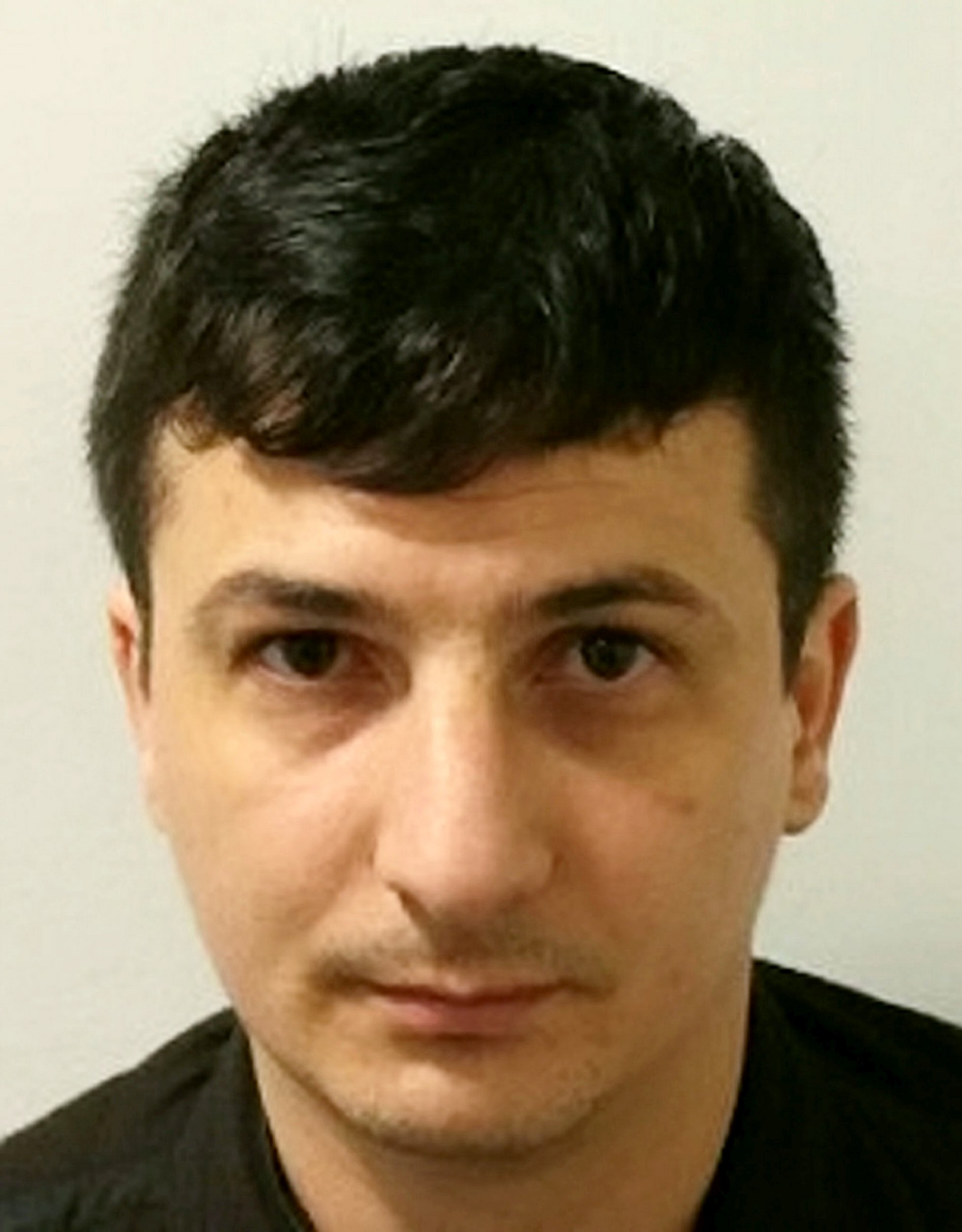 Fraud gang involved in £1 million online fraud jailed for 22 years