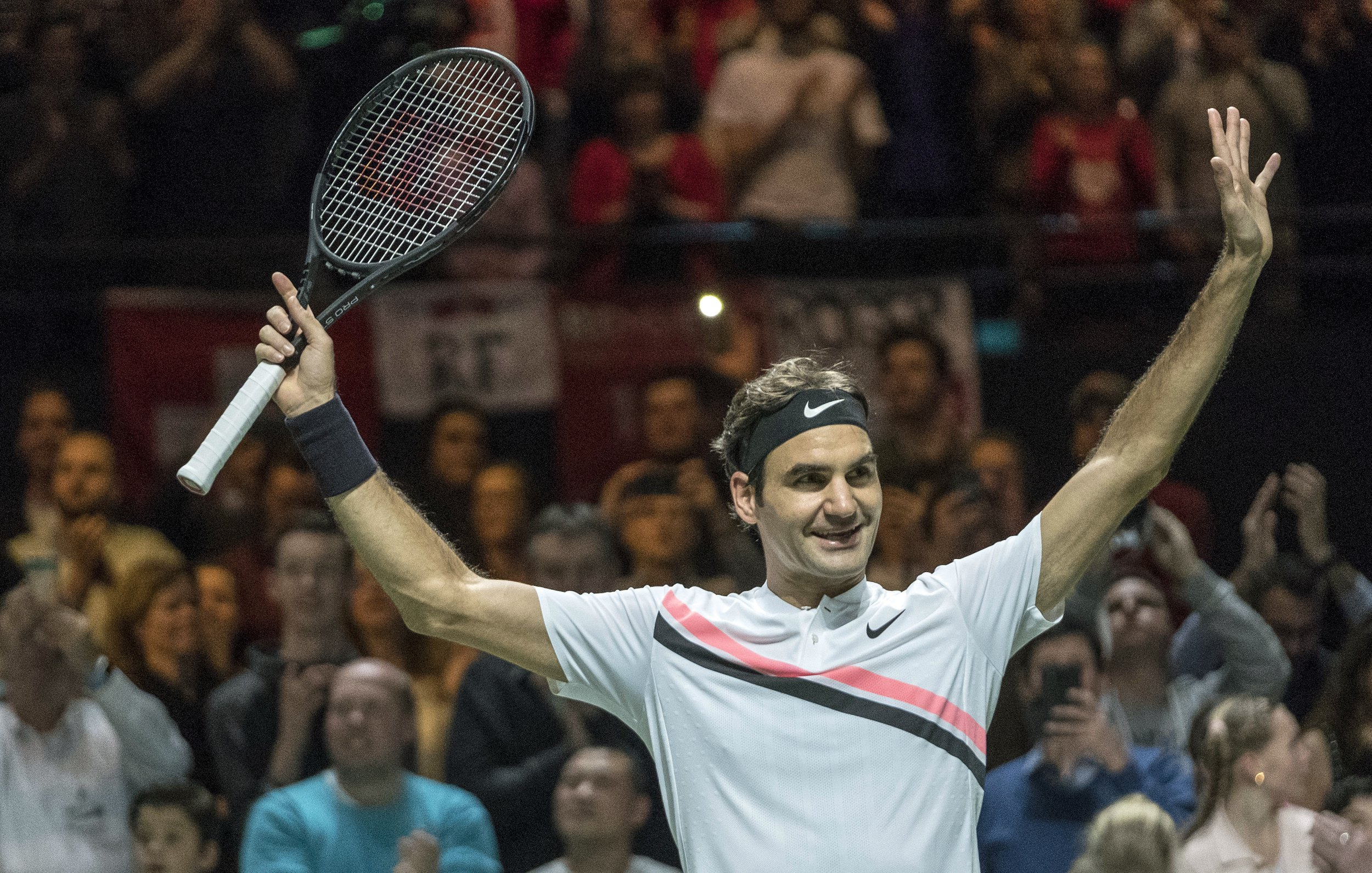Roger Federer confirms his No 1 status with Rotterdam Open victory