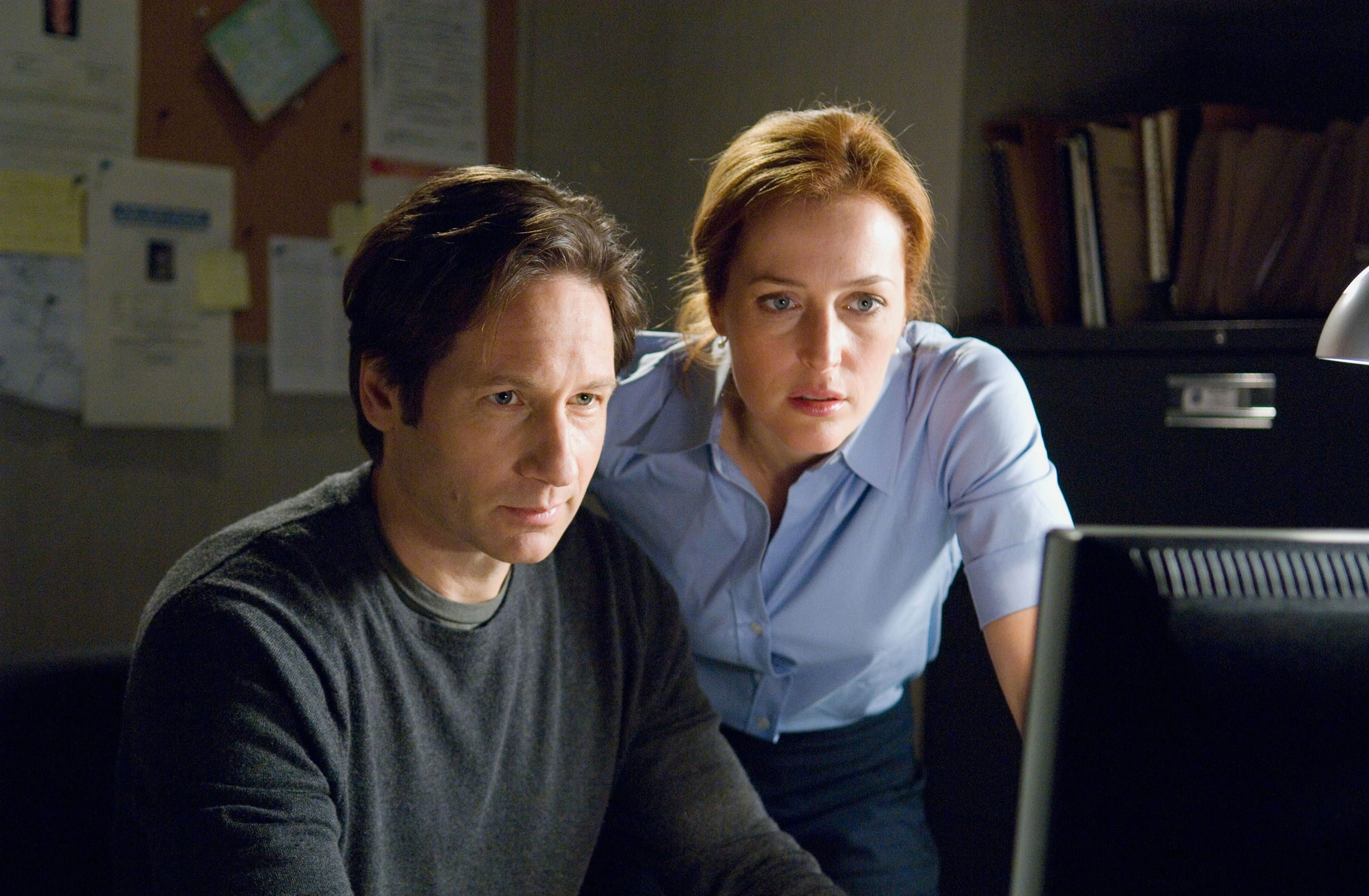X-Files boss speaks on Gillian Anderson pay gap: 'People don't get that it's a business'