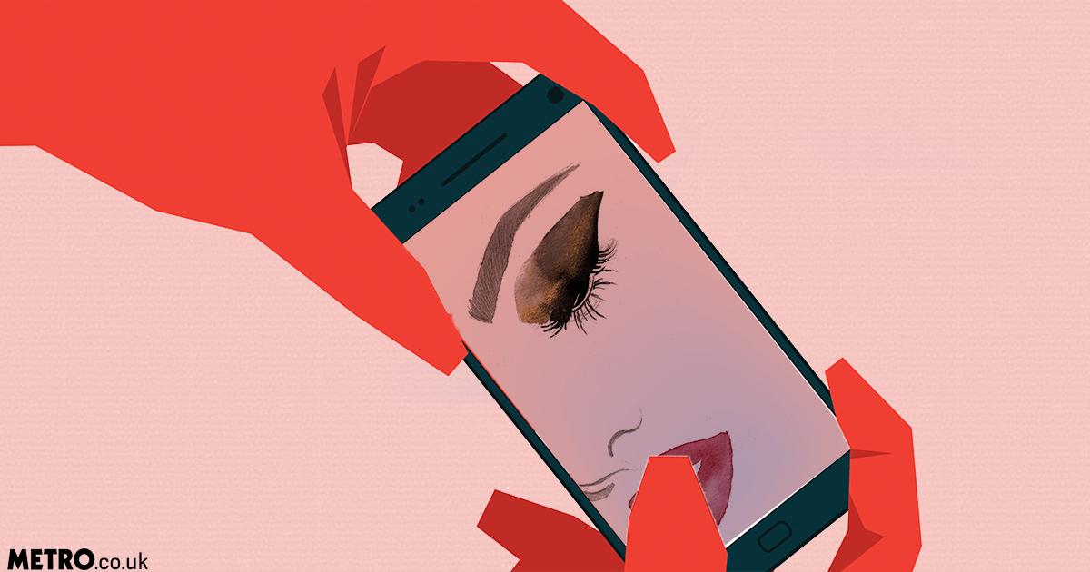 Your nose will always look bigger in selfies picture: Getty/metro.co.uk