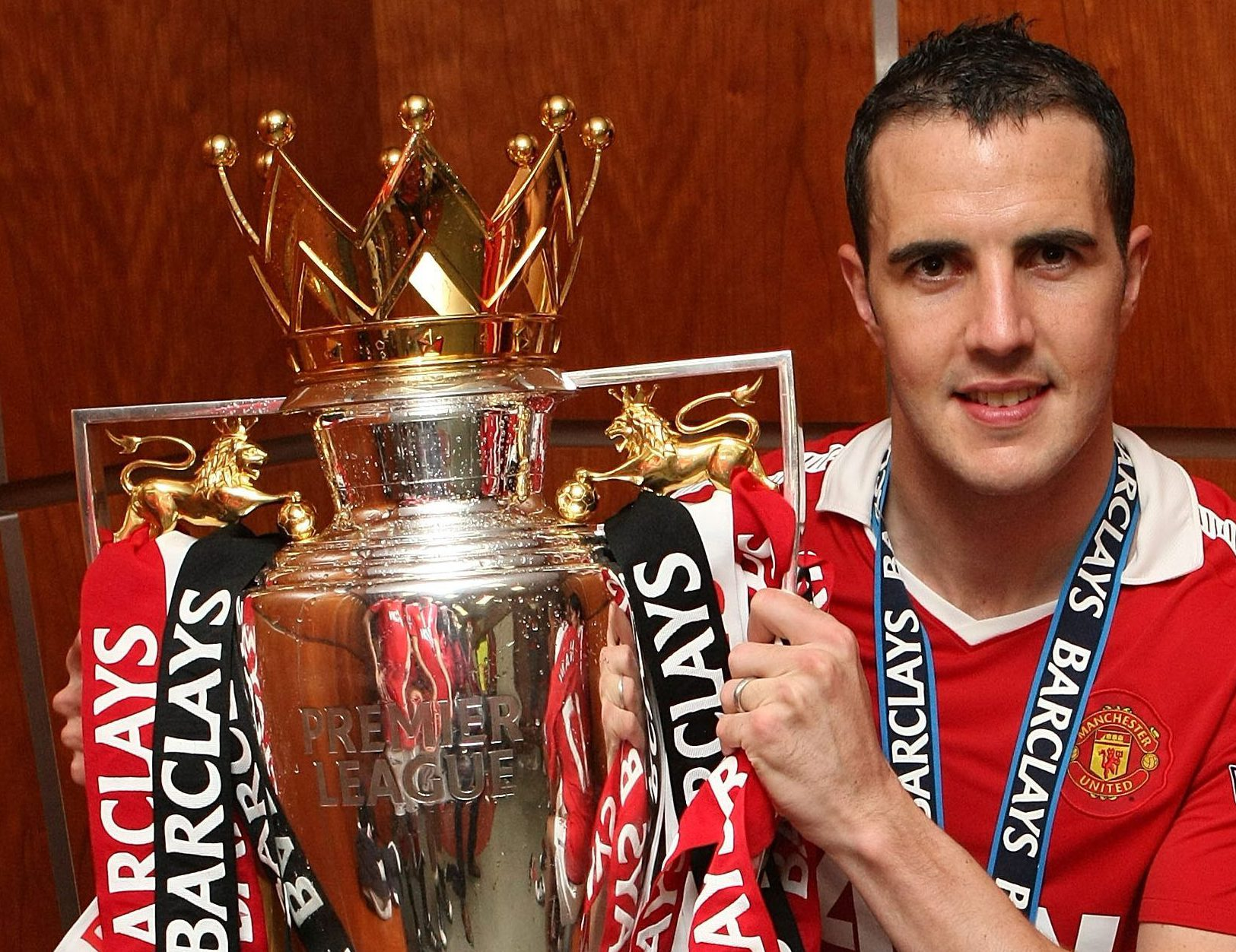 Manchester United hero John O'Shea to retire at the end of the season