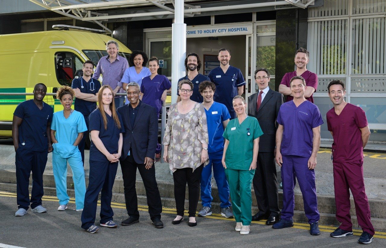 This new guide to Holby City, complete with cast interviews, is everything a fan needs