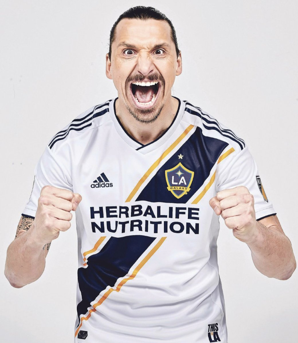 Ibrahimovic buys full-page ad in paper to announce LA Galaxy move in typical Zlatan style