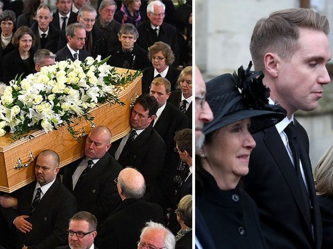 Thousands line the streets to pay tribute at funeral of Professor Stephen Hawking