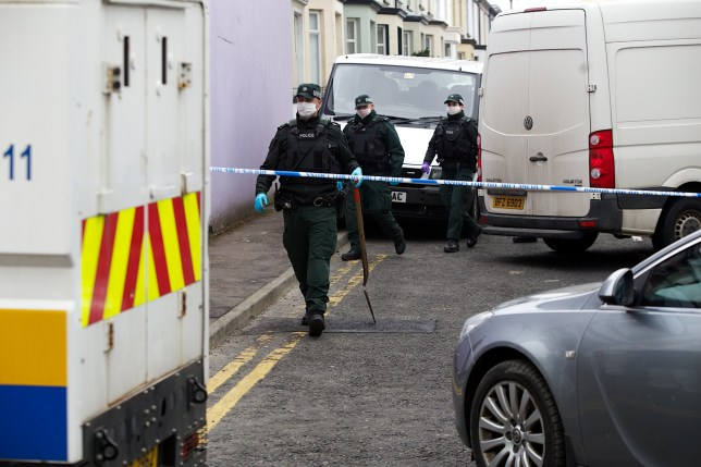 PSNI officers searching Grafton Street, Rosemount, Derry, following the murder of a 35 year old man in the early hours of Sunday morning. (Photo - Tom Heaney, nwpresspics)