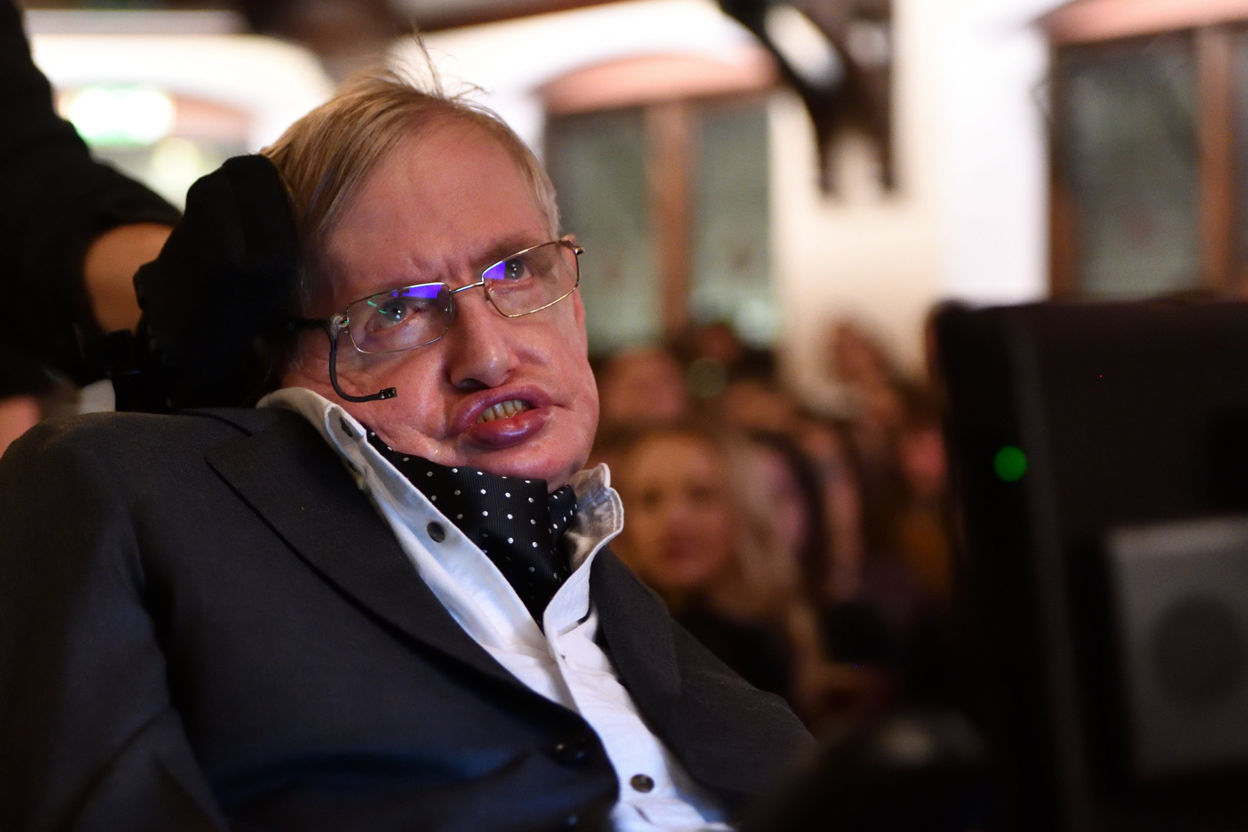 Stephen Hawking age, famous quotes, net worth, wife, children and cause of death