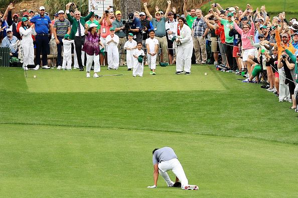 Golfer Tony Finau pops dislocated ankle back into place after celebrating Masters hole-in-one