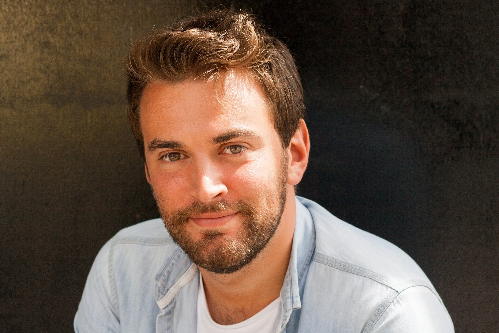 Jonny Benjamin talks about his new book The Stranger On The Bridge on mental health podcast Mentally Yours