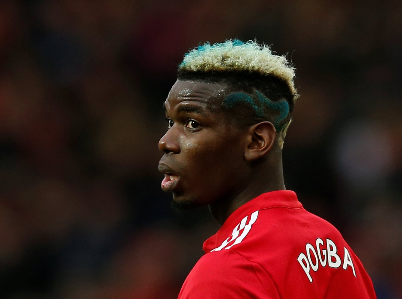 Paul Pogba reacts to Pep Guardiola's incredible claim he was offered to Manchester City in January
