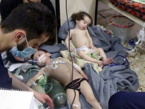Air strikes hit central Syria after suspected poison gas attack