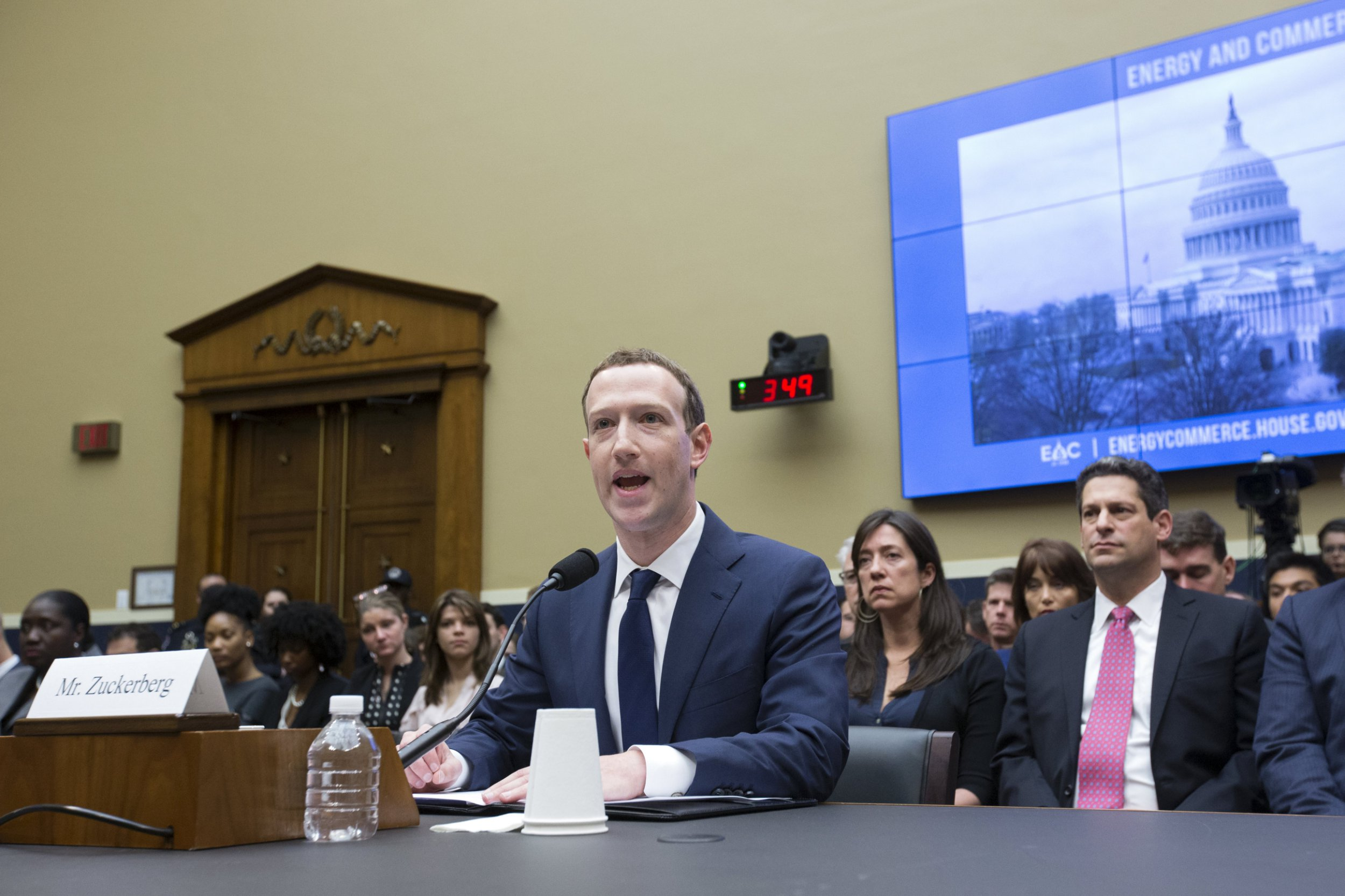epa06661596 CEO of Facebook Mark Zuckerberg (C) takes his seat to testify before the House Energy and Commerce Committee hearing on 'Facebook: Transparency and Use of Consumer Data' on Capitol Hill in Washington, DC, USA, 11 April 2018. Zuckerberg is testifying before the second of two Congressional hearings this week regarding Facebook allowing third-party applications to collect the data of its users without their permission and for the company's response to Russian interference in the 2016 US presidential election. EPA/MICHAEL REYNOLDS