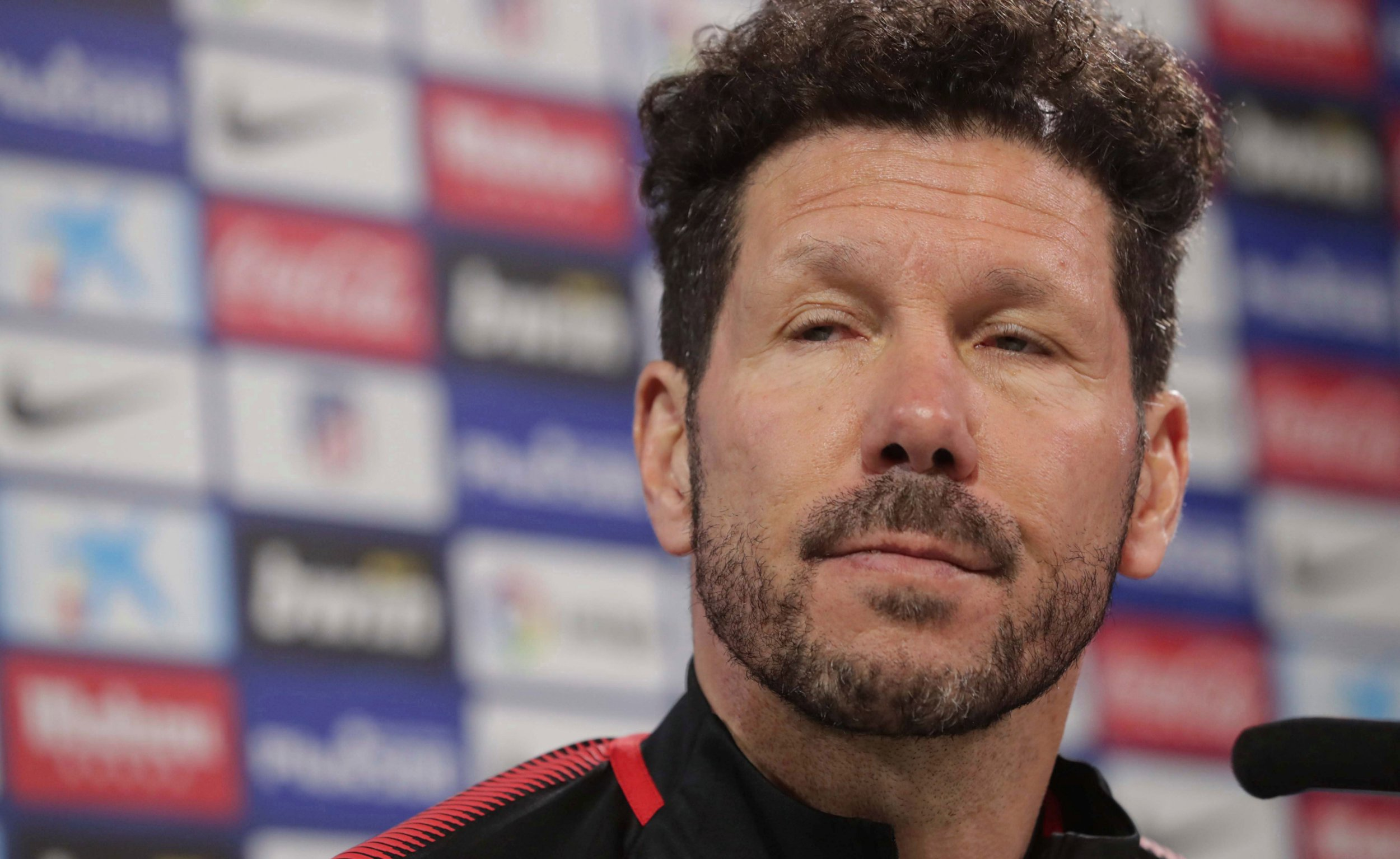 Diego Simeone names the best goalkeeper in the world who's better than De Gea & Neuer