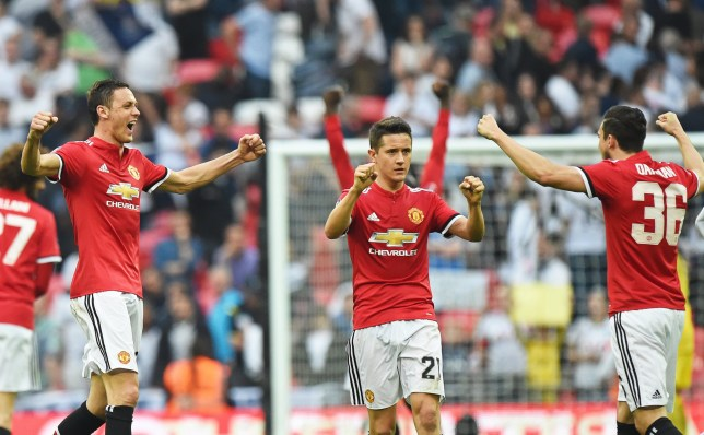 epa06684156 Manchester United's Nemanja Matic (L) celebrates with his teammates after winning the English FA Cup semi final soccer match between Tottenham Hotspur and Manchester United at Wembley in London, Britain, 21 April 2018. EPA/FACUNDO ARRIZABALAGA EDITORIAL USE ONLY. No use with unauthorized audio, video, data, fixture lists, club/league logos or 'live' services. Online in-match use limited to 75 images, no video emulation. No use in betting, games or single club/league/player publications.